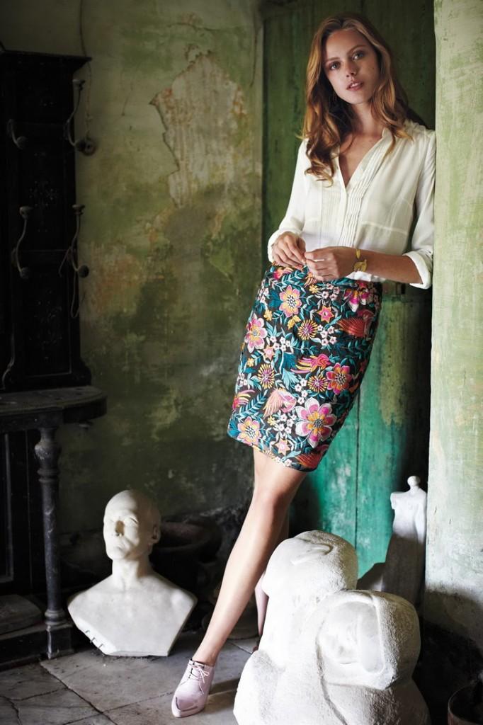 Frida Gustavsson - Bettina Lewin