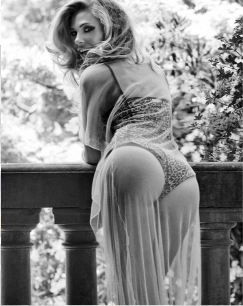 Ilary Blasi Vanity Fair
